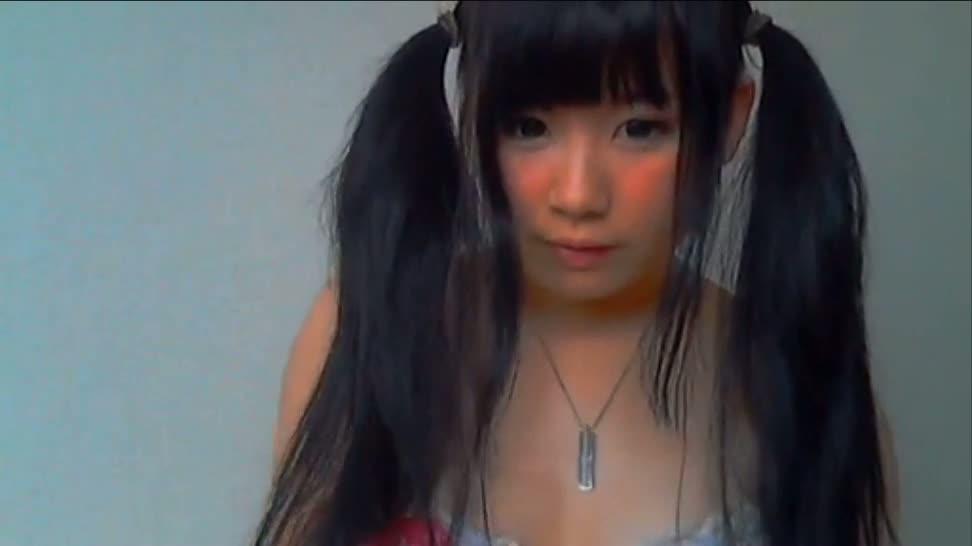 【FC2】水着を着たポニーテール美少女が谷間見せ微エロ雑談チャット♪